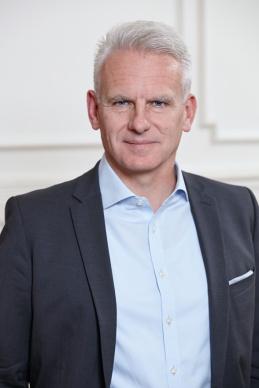 Dr. Derk Siebert
